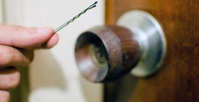 Cómo abrir una cerradura con una horquilla