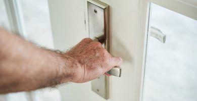 Cómo desmontar una cerradura